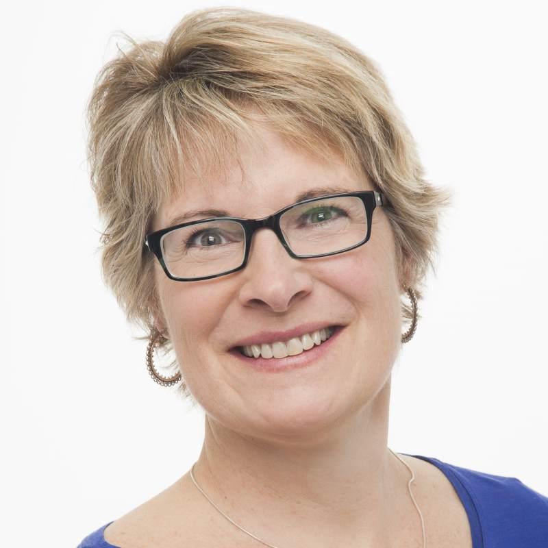 Laura Olinger