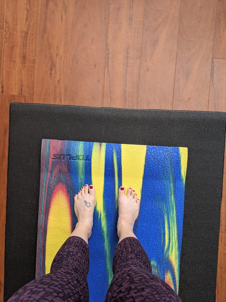 TOPLUS Eco Yoga Mat - Rainbow: A Review & Pictures 4