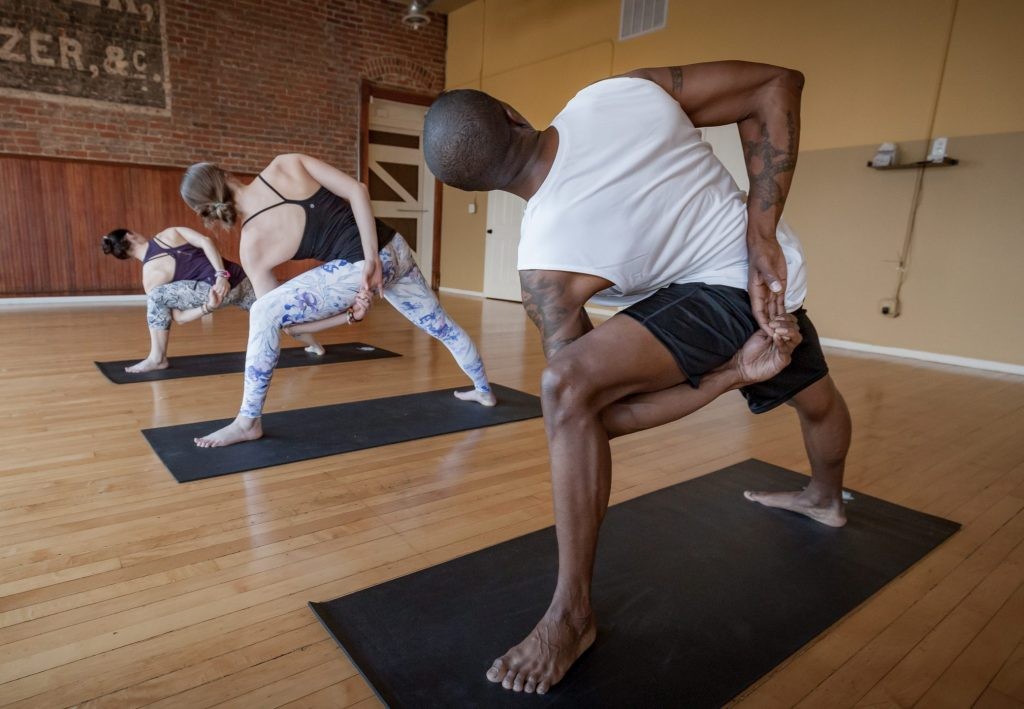 CounterFlow Yoga is a dynamic yoga practice that will take you through a range of movement patterns, body positions, and mindset shifts. Here we demonstrate an extended side angle with bound arms.